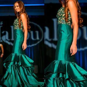 ✨ Sherri Hill Custom Pageant Gown ✨